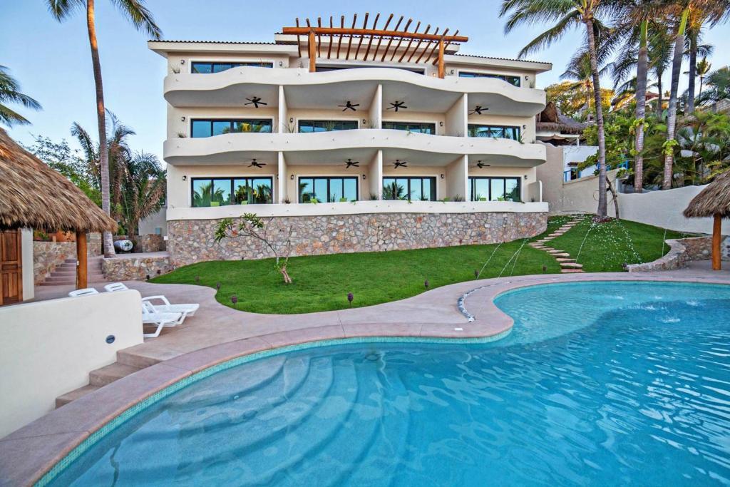 The swimming pool at or near La Esquina