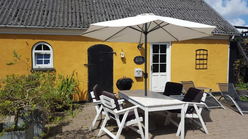 A porch or other outdoor area at Bed & Breakfast Marstal