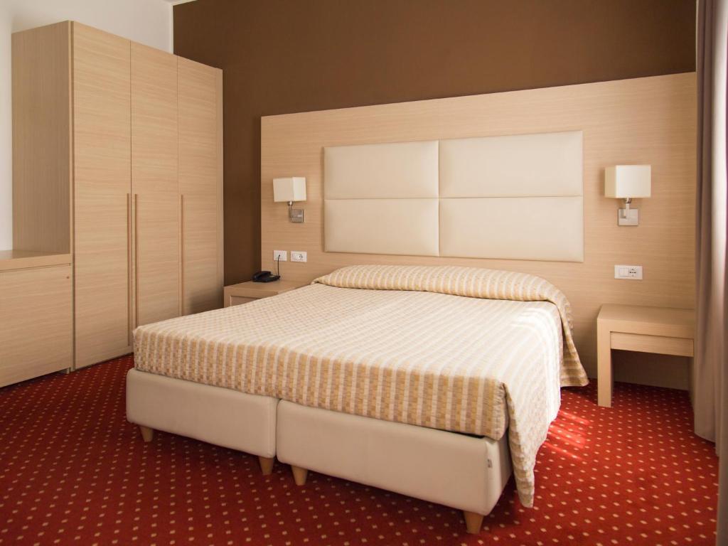 A room at Hotel Regina