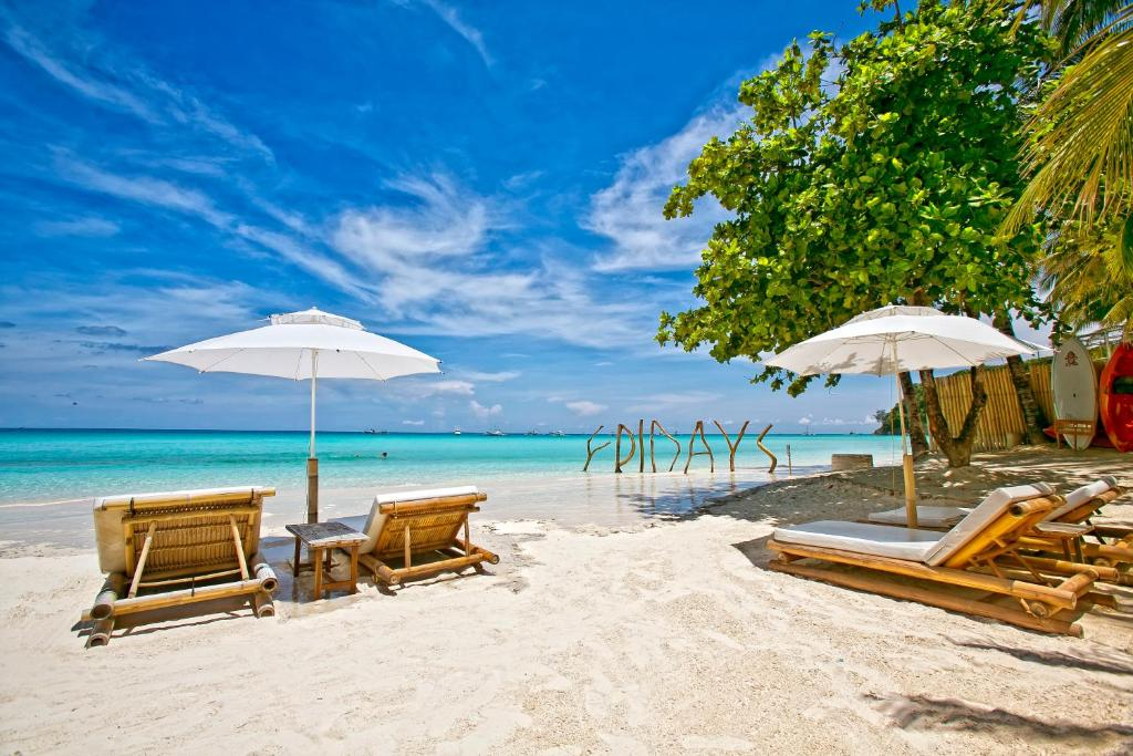 度假村海灘或附近的海灘