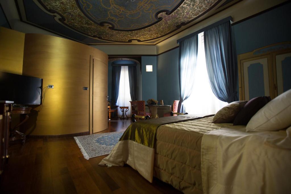 A room at Hotel Dei Pittori