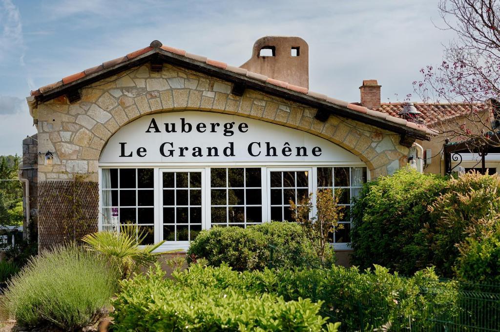 Façade ou entrée de l'établissement Auberge du Grand Chêne