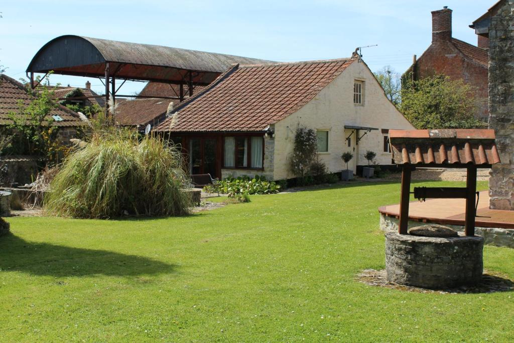 Little England Retreats in Othery, Somerset, England