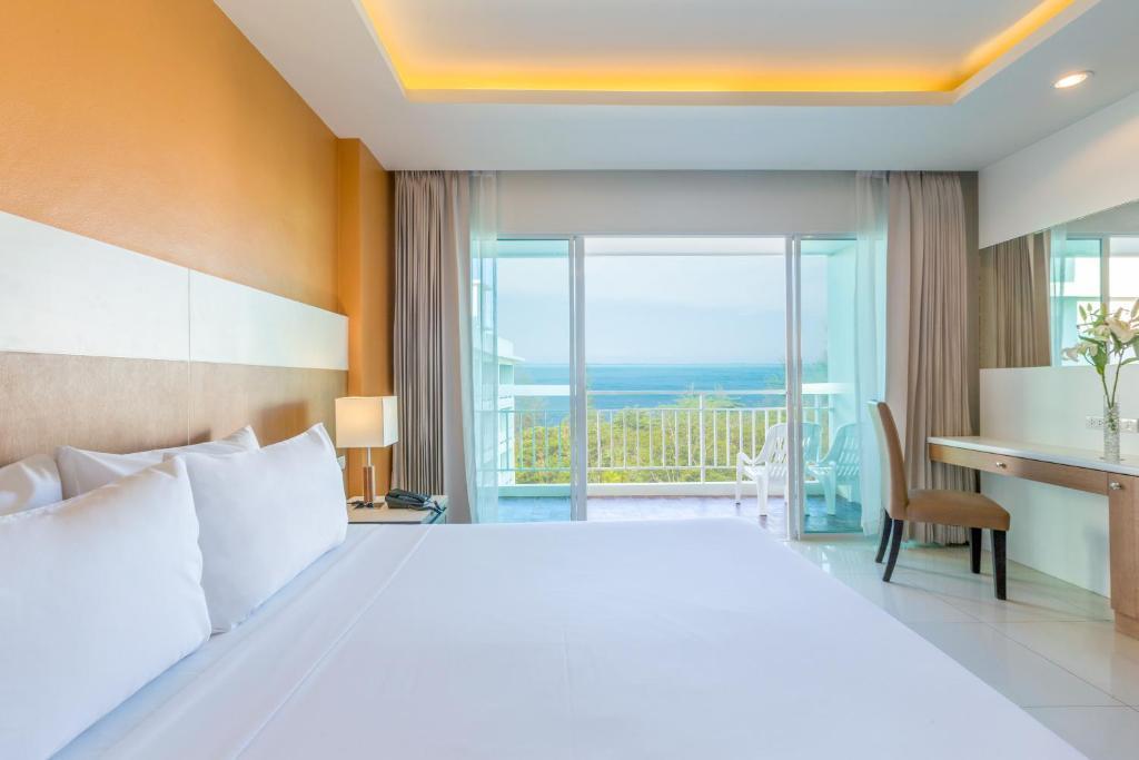 Номер в Chanalai Hillside Resort, Karon Beach