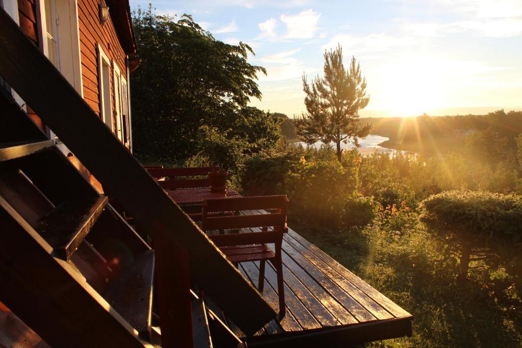 A balcony or terrace at Lillstugan