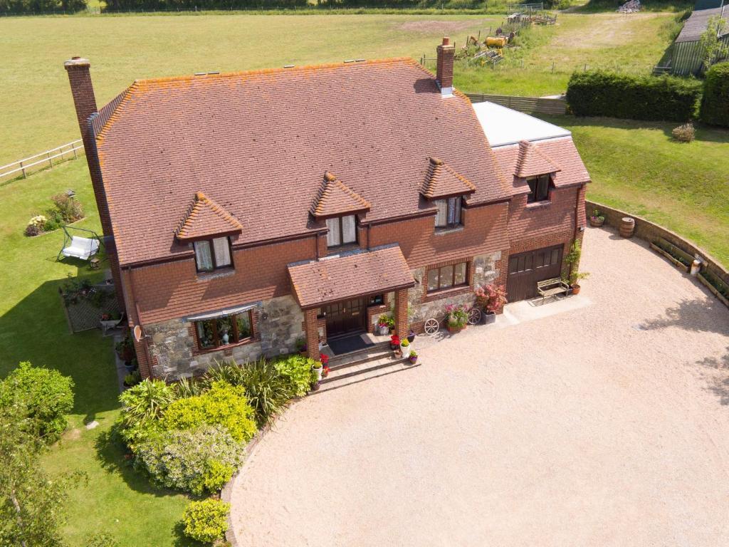 A bird's-eye view of Pencombe House B&B