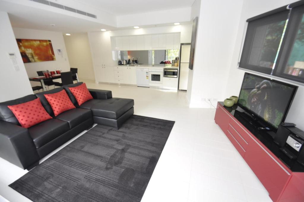 The lounge or bar area at Darlinghurst Fully Self Contained Modern 1 Bed Apartment (11GOUL)