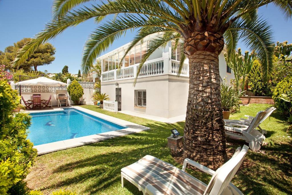 Poolen vid eller i närheten av Villa Costa Del Sol