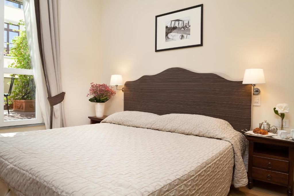 A room at Hotel Executive