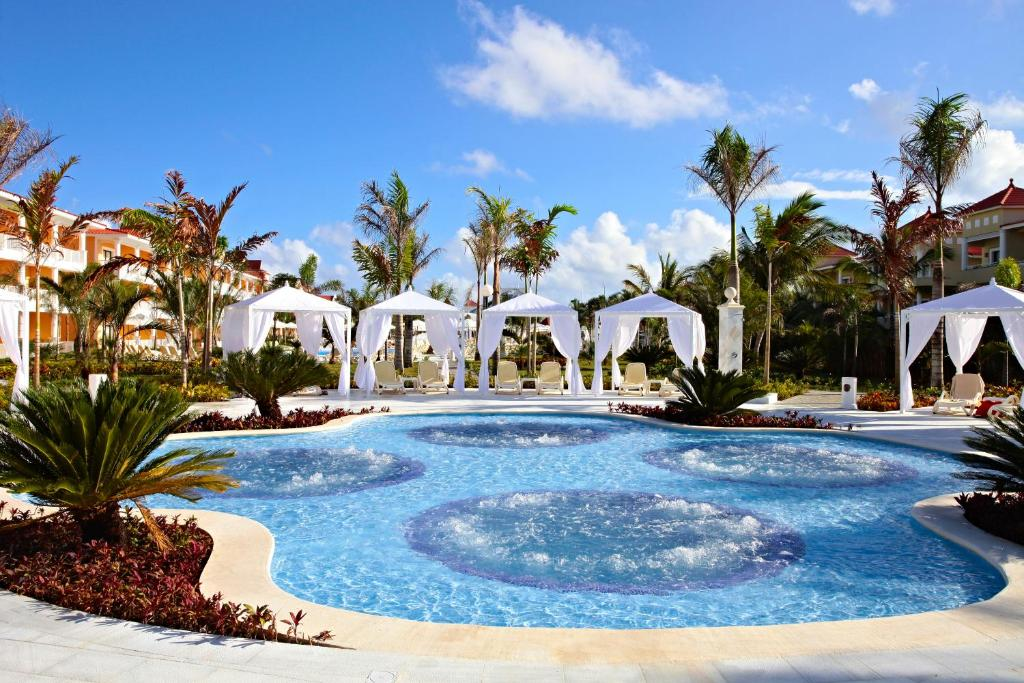 A garden outside Bahia Principe Grand Aquamarine - All Inclusive