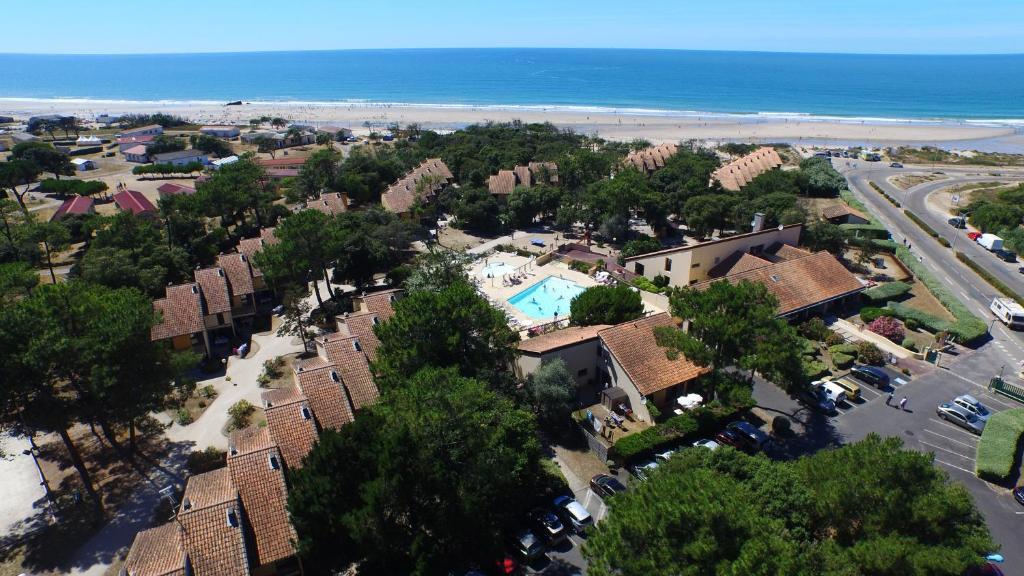 Vue panoramique sur l'établissement VVF Villages « La Plage du Médoc » Soulac-sur-Mer