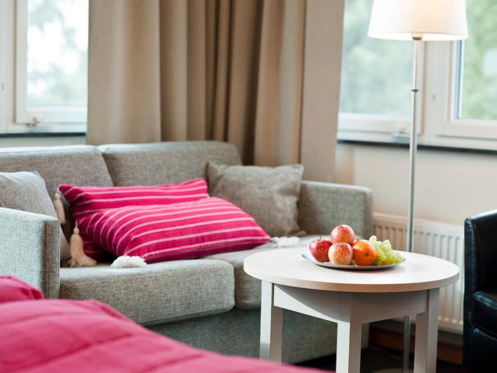 En sittgrupp på Ringsjöstrand Hotel