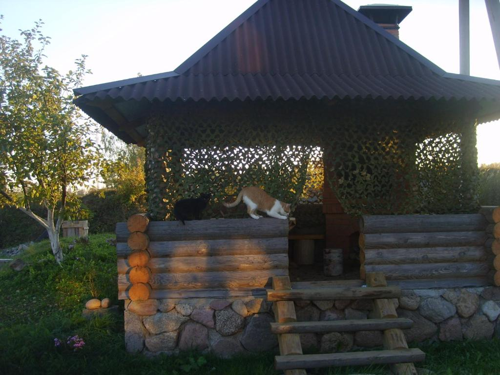 A porch or other outdoor area at Hutor Nadberezhie