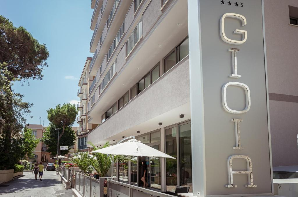 The facade or entrance of Hotel Gioia