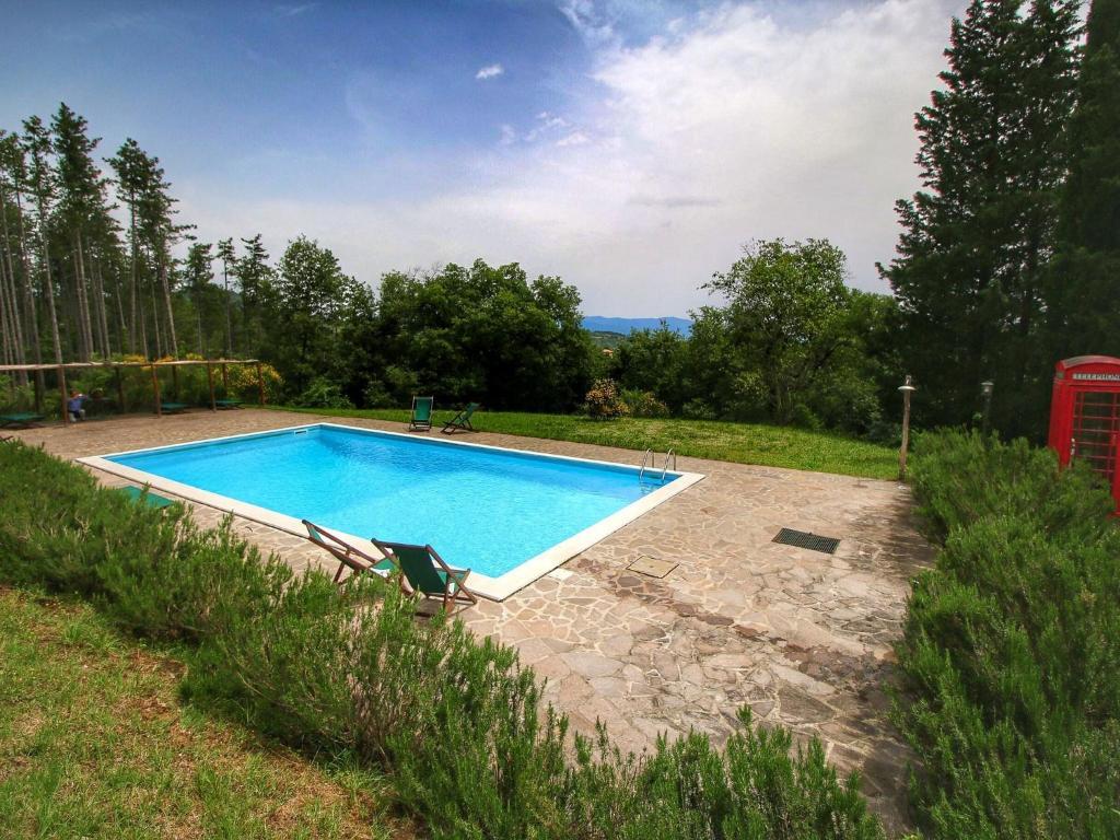 Piscina di Quaint Cottage in Anghiari with Swimming Pool o nelle vicinanze