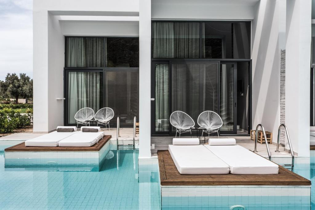 The swimming pool at or near Casa Cook Rhodes (Adults Only)
