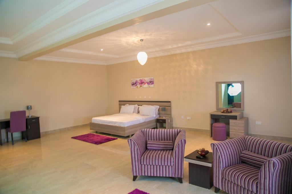 Gloriana Apartments