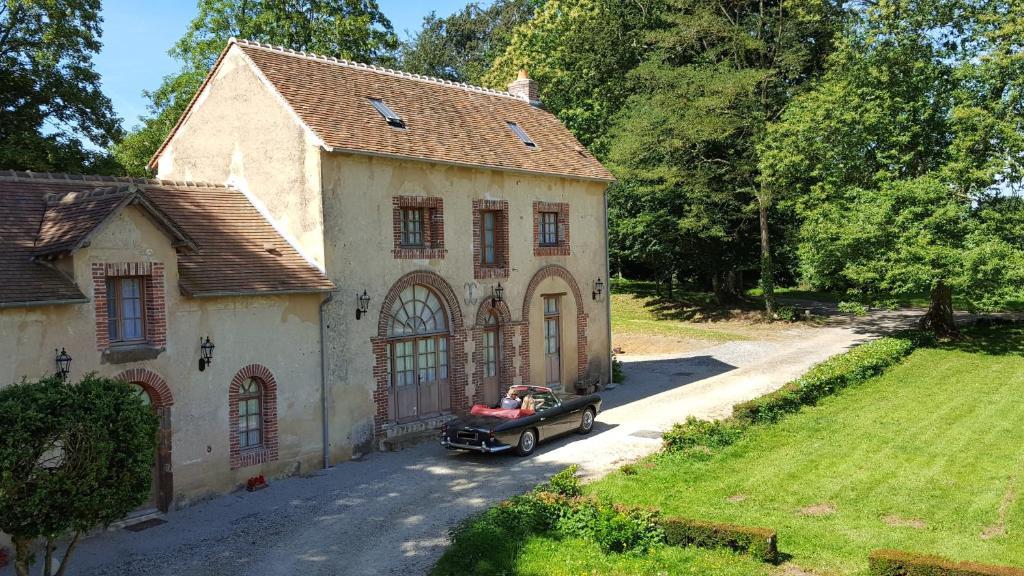 Hotel des 4 continents - Le Mans Saint-Saturnin, France