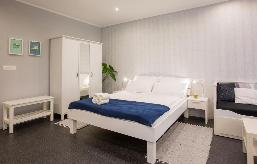 A room at Apartmaji Koman