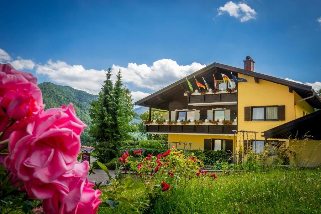 Een tuin van Hotel Garni Zeranka