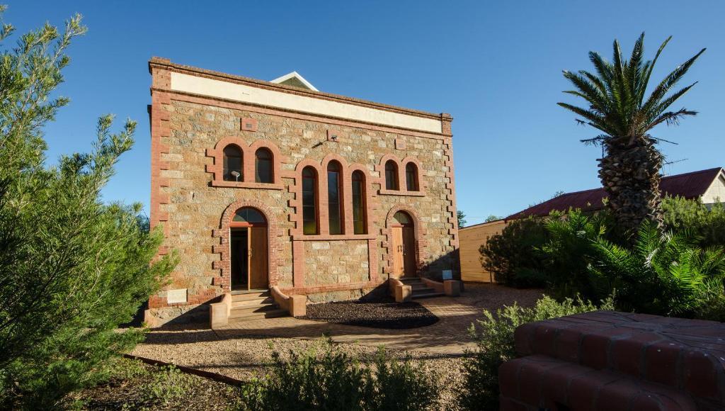 A garden outside Broken Hill Outback Church Stay