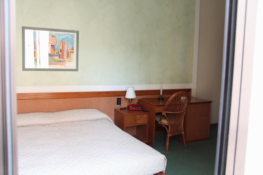 Hotel alla Grotta Lazise, Italy