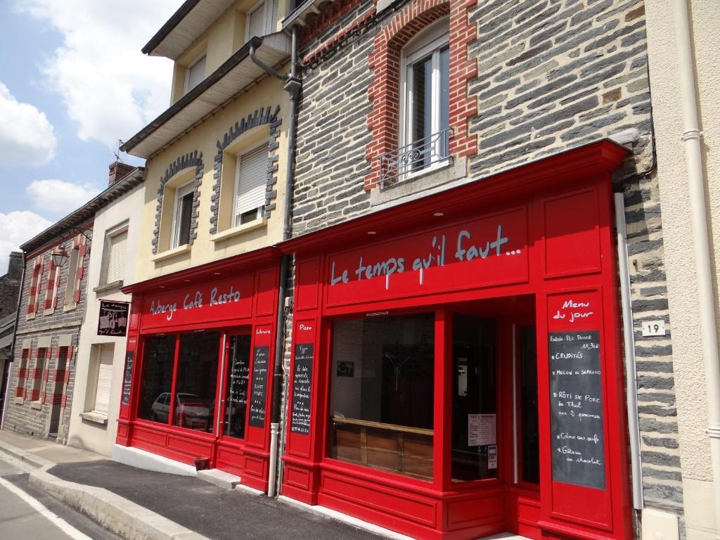 The facade or entrance of Le temps qu'il faut