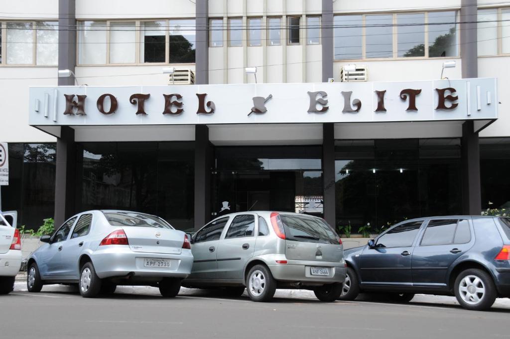 The facade or entrance of Hotel Elite