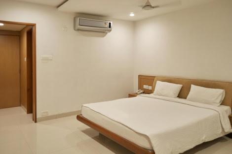 A room at Hotel Ashwini Lodge