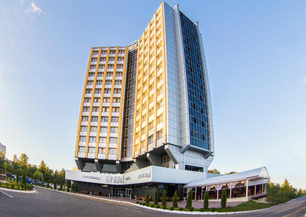 Ночной клуб в гостинице брянск ночные клубы симферополь 2020