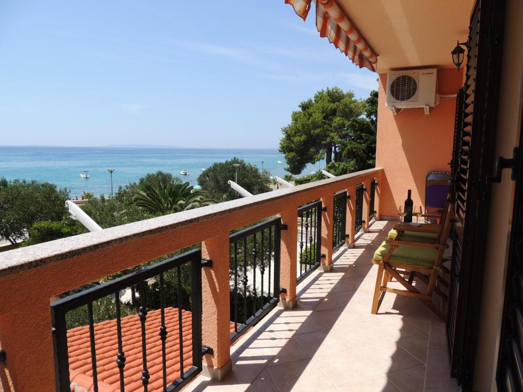 A balcony or terrace at Apartments Denona