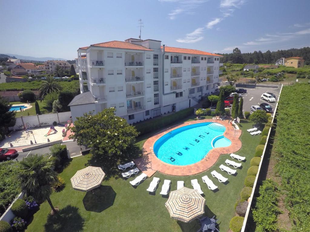 Vista de la piscina de Hotel Turimar o alrededores