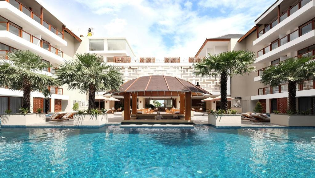 The swimming pool at or close to The Bandha Hotel & Suites