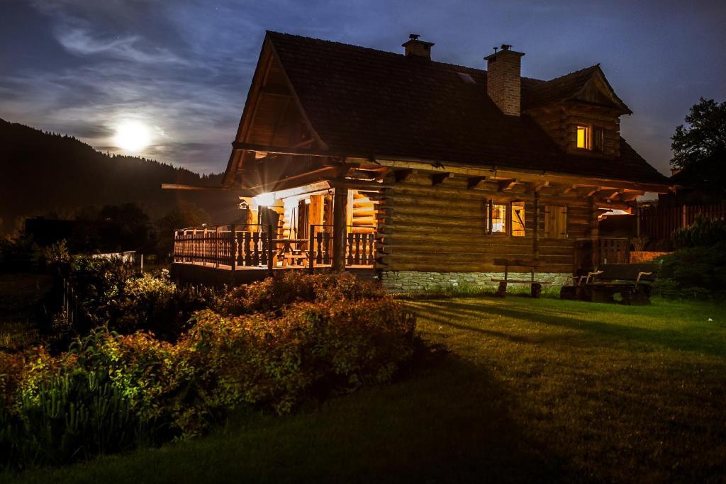 Budynek, w którym mieści się domek alpejski