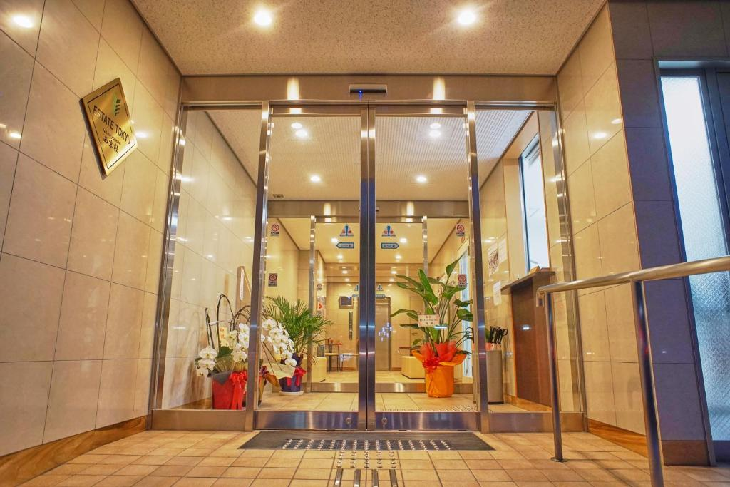 The facade or entrance of Estate Tokyu Nishikyogoku