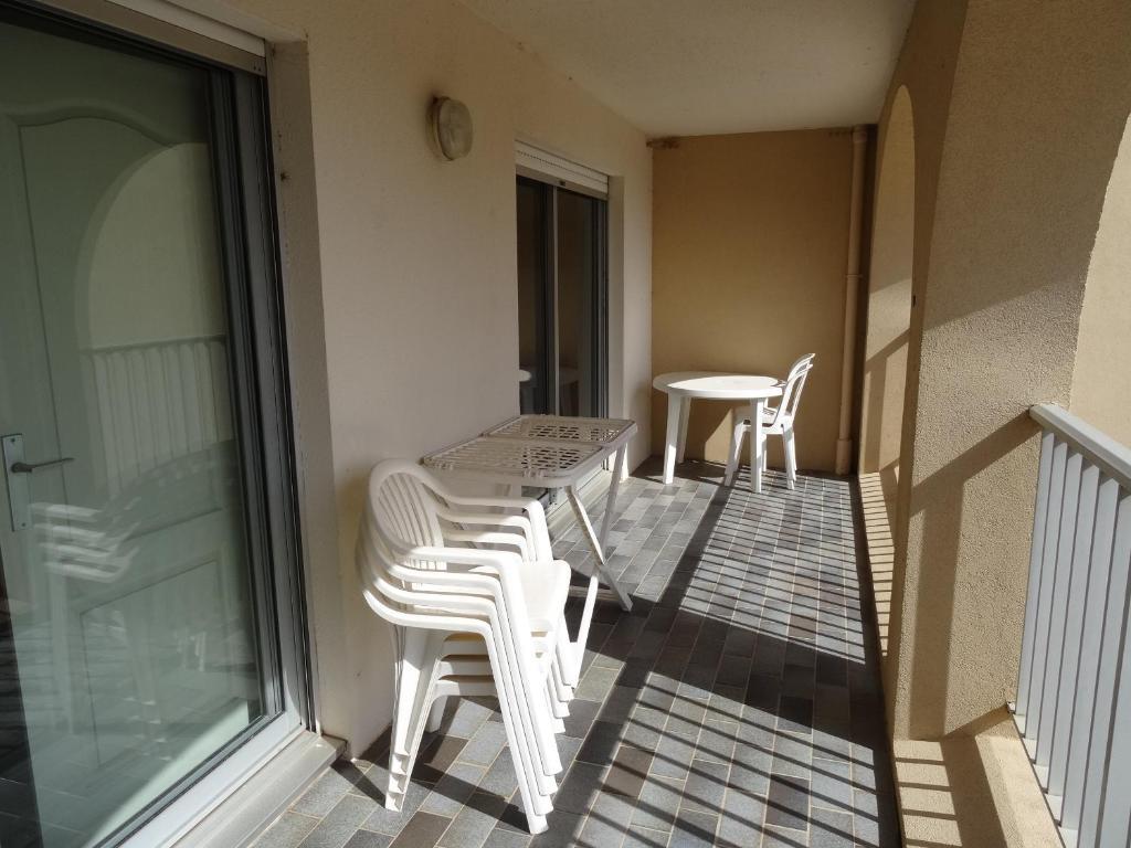 A balcony or terrace at Appart. Vue sur mer et Clim/ Rénové