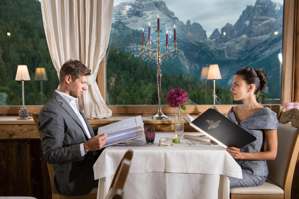 A restaurant or other place to eat at Bio Hotel Hermitage