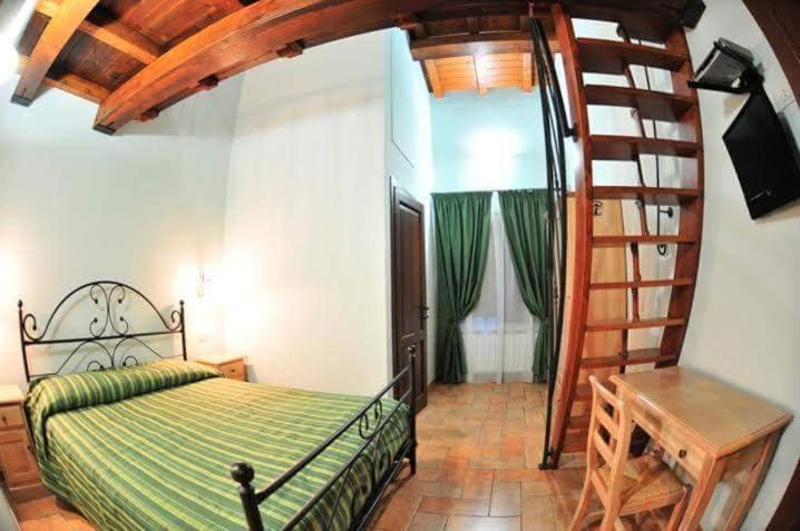 A room at Azienda Agrituristica La Valle del Sambuco