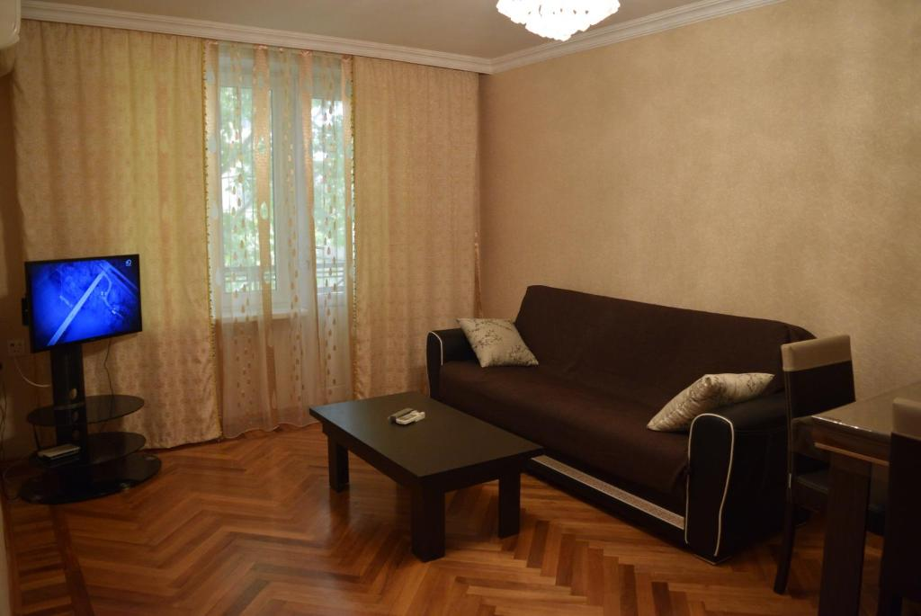 A seating area at Apartment in Baku near old city