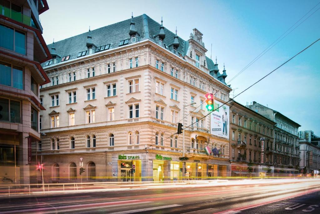 Central Budapest Vadász Street, Budapest – 2020 legfrissebb árai