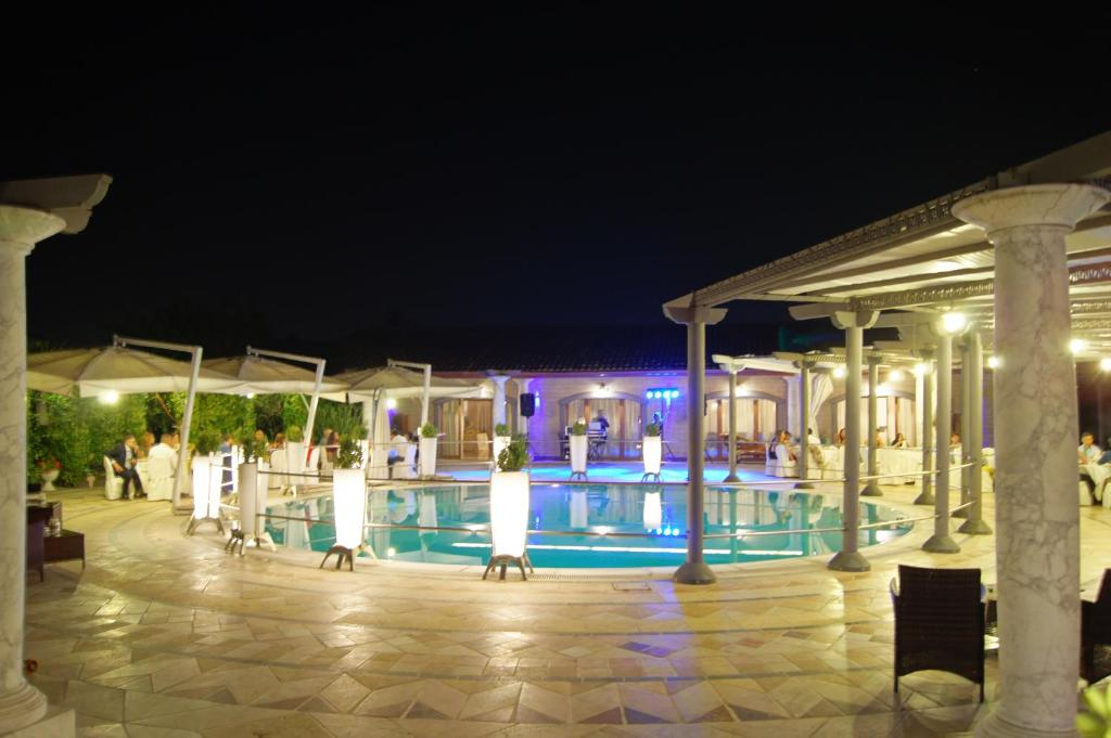 The lounge or bar area at Villa Masseria Marini