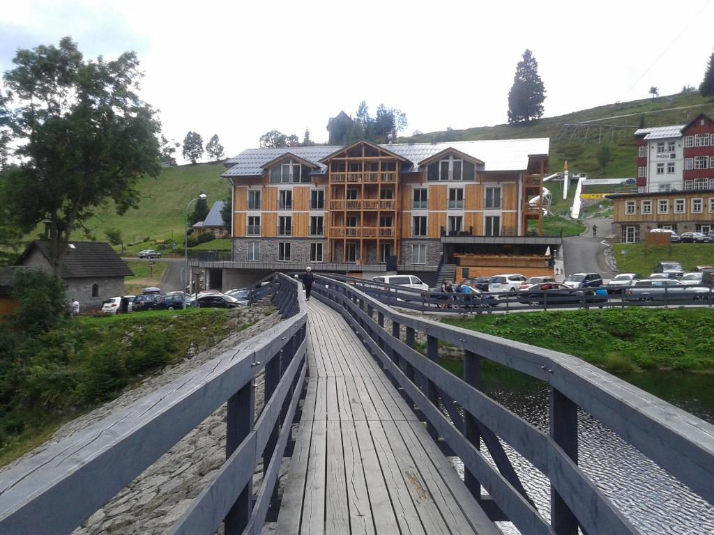 Ein Balkon oder eine Terrasse in der Unterkunft Kovárna Residence apartments