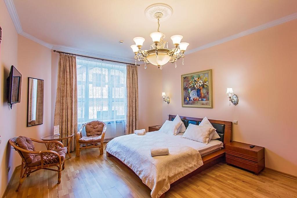 A room at Avrora Spa Hotel