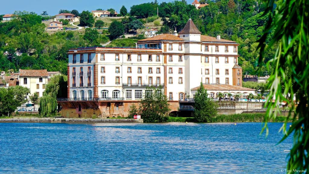 Jardin de l'établissement Hôtel & Spa Le Moulin de Moissac