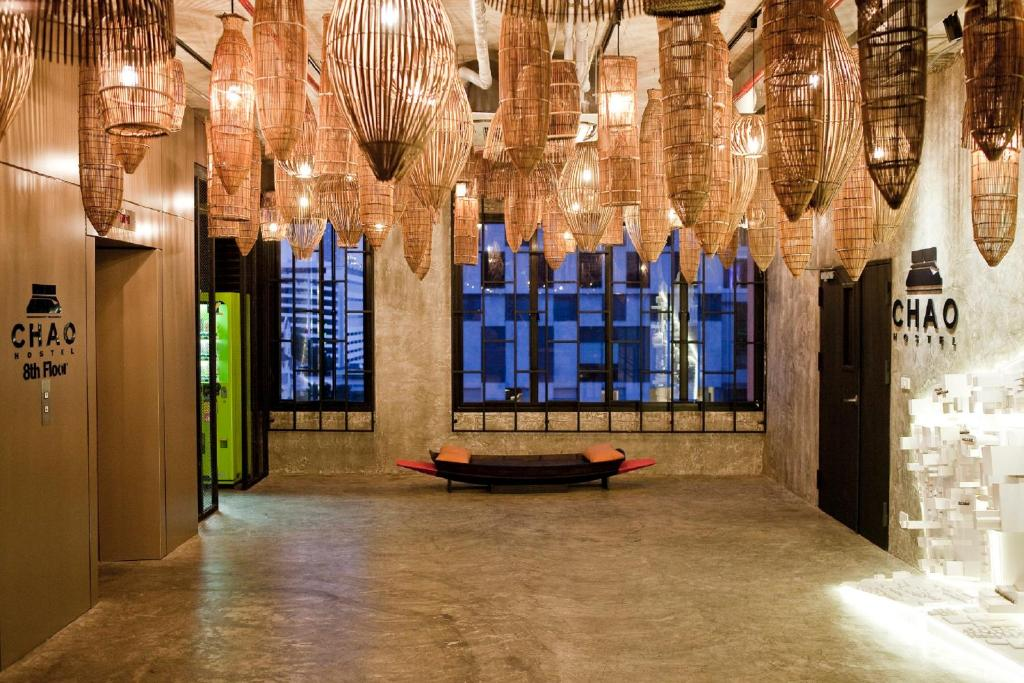 The lobby or reception area at Chao Hostel