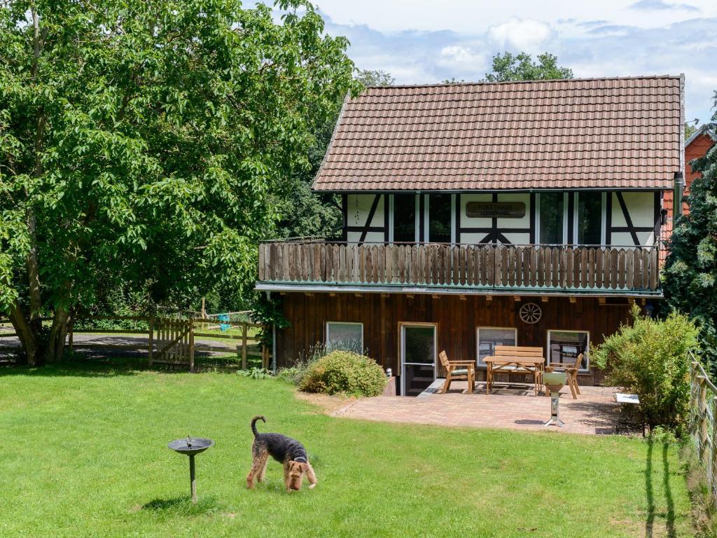 Ein Garten an der Unterkunft Forsthaus Halbemark