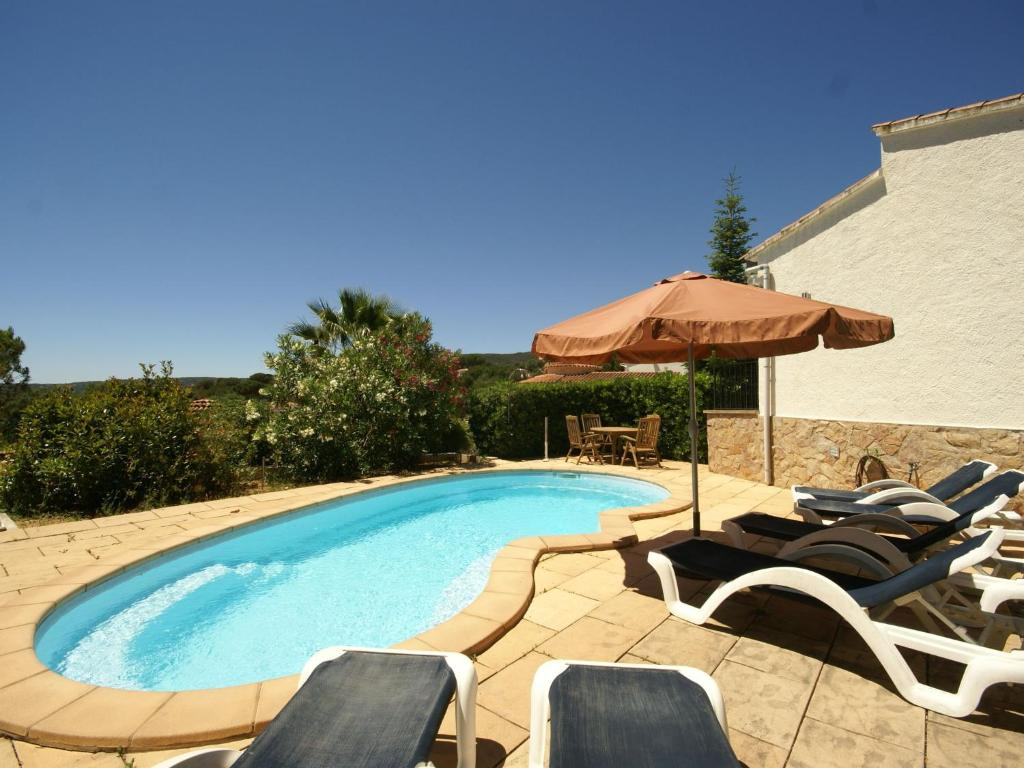 Cozy Holiday Home in Calonge with Private Pool 5