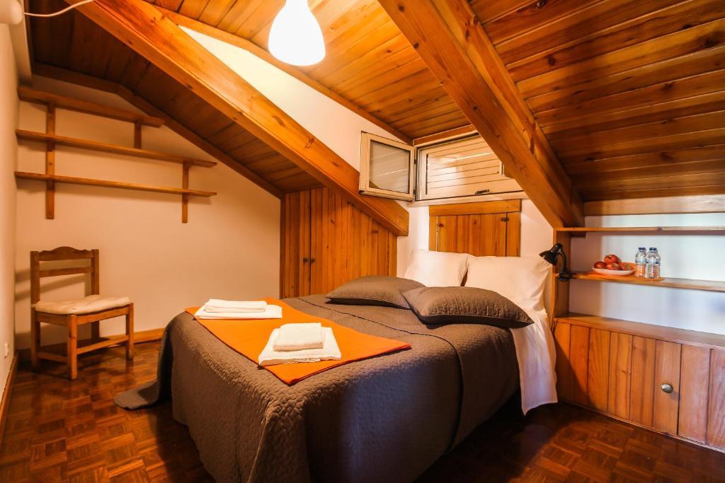 Uma cama ou camas num quarto em Celas Dream Studio