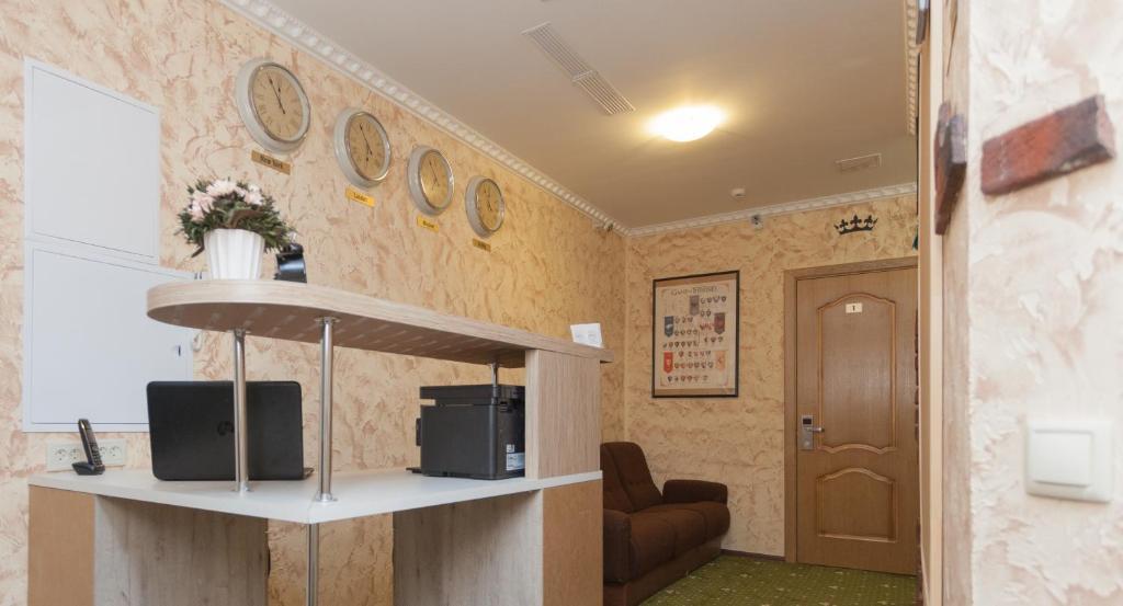 Лобби или стойка регистрации в Отель Винтерфелл на Смоленской