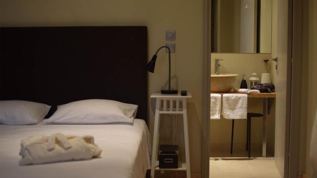 Ένα δωμάτιο στο Arahova Pansion
